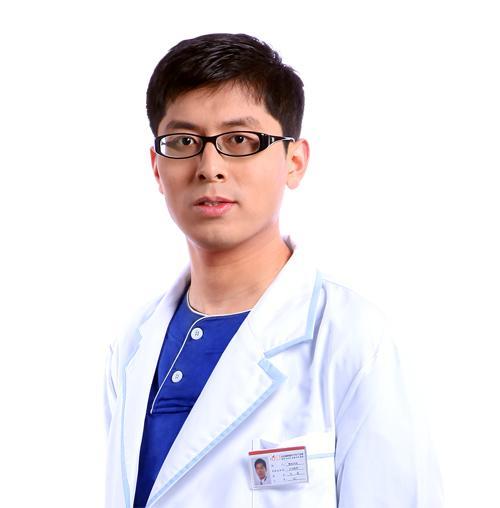 武汉鼻整形专家刘波技术厉害吗?