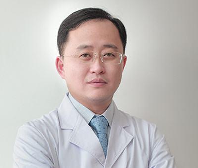 重庆有没有双眼皮修复做的好的医生?