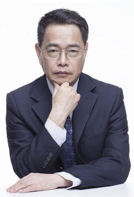 北京著名的双眼皮医生都有哪些?价格贵不贵?