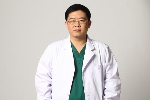 北京鼻修复专家权威有哪些?刘暾和刘彦军哪个好?