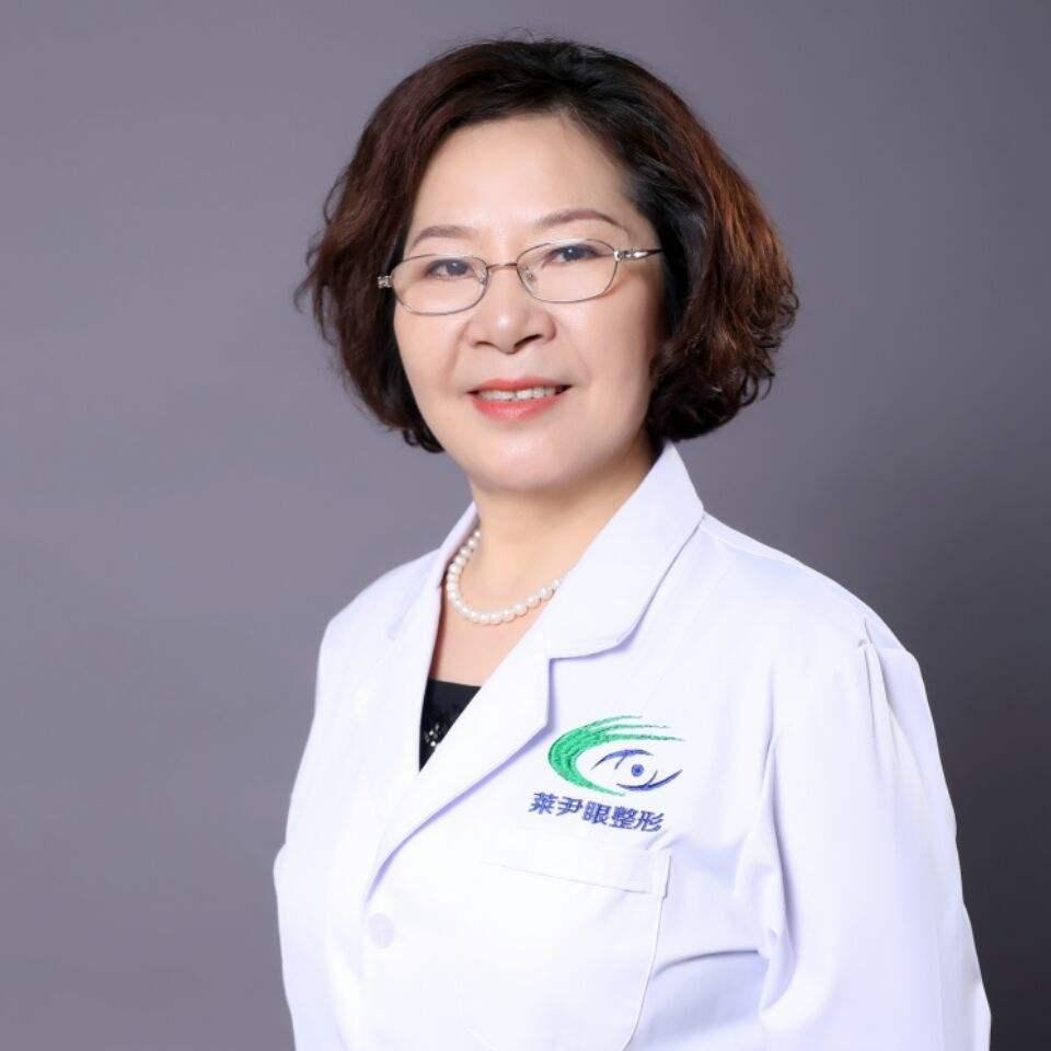 刘辅容和田国静哪个眼修复技术厉害?
