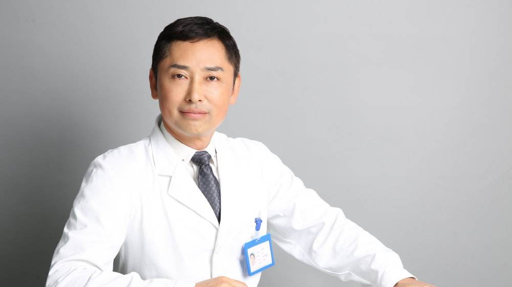 北京鼻子整形医生王军和刘彦军哪个好?