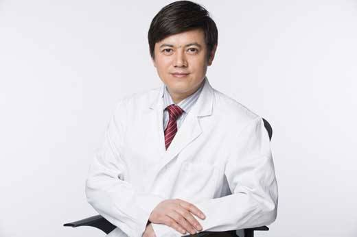 上海九院脂肪填充全脸哪个医生好?