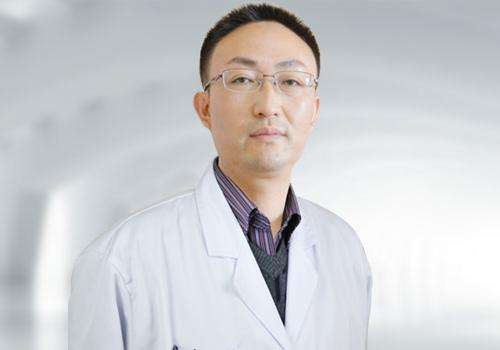 南京哪家三甲医院割双眼皮好?