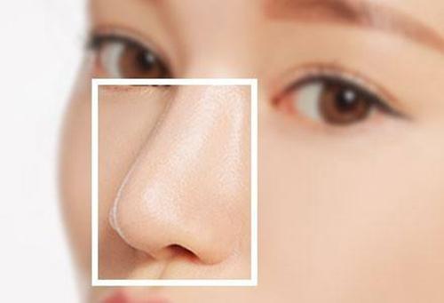 罗汇东、李劲良、李长赋哪个医生做鼻综合好?